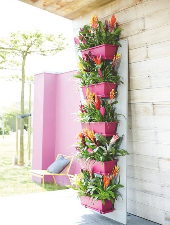 l-balcony-planter-ideas-7_mini-e1440418508234