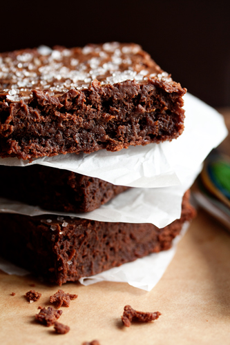 r-delicious-sweet-and-salty-brownies